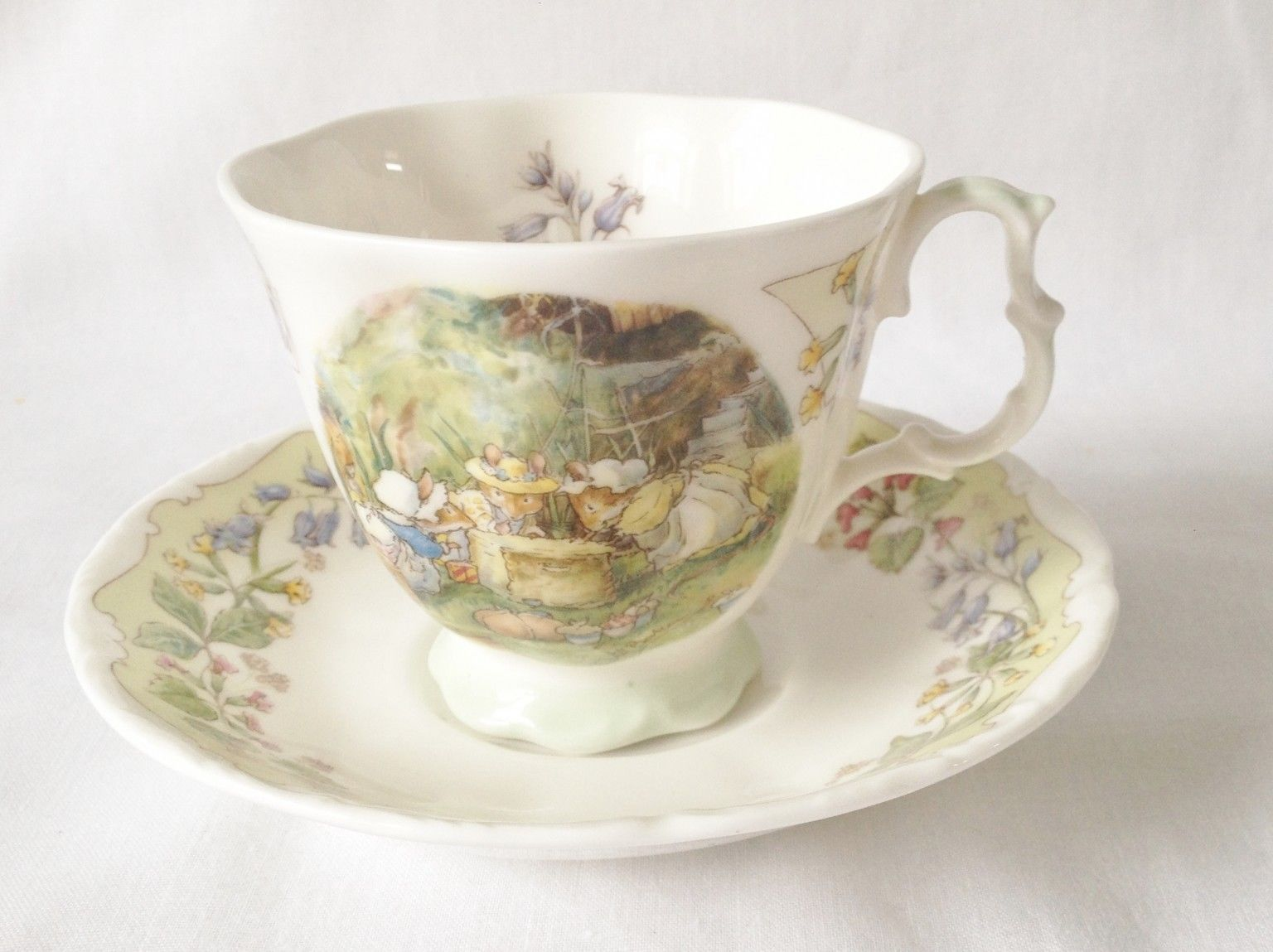 CUP AND SAUCER  - THE MEETING