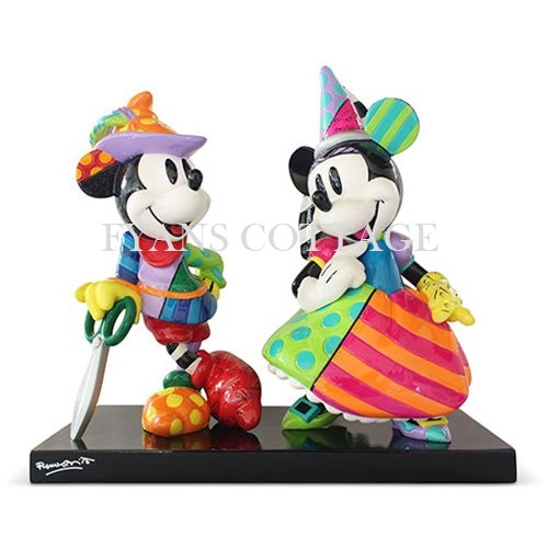 MICKEY AND MINNIE MEDIEVIL