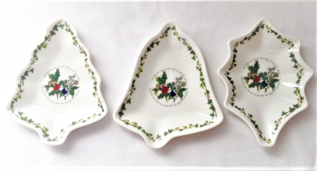 SET OF 3 CHRISTMAS DISHES